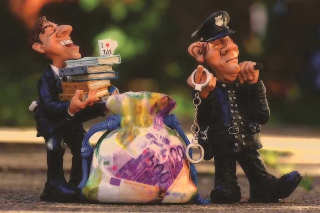 Путь налогового инспектора Taxes-10