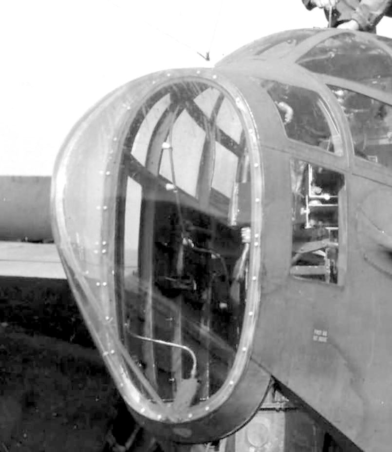"P-61A-10 Black Widow SN 42-5598 ""Sleepy Time Gal II"" Cpt. Ernest Thomas - 6th NFS - 1945 (1/32) - Page 2 Ar0710"