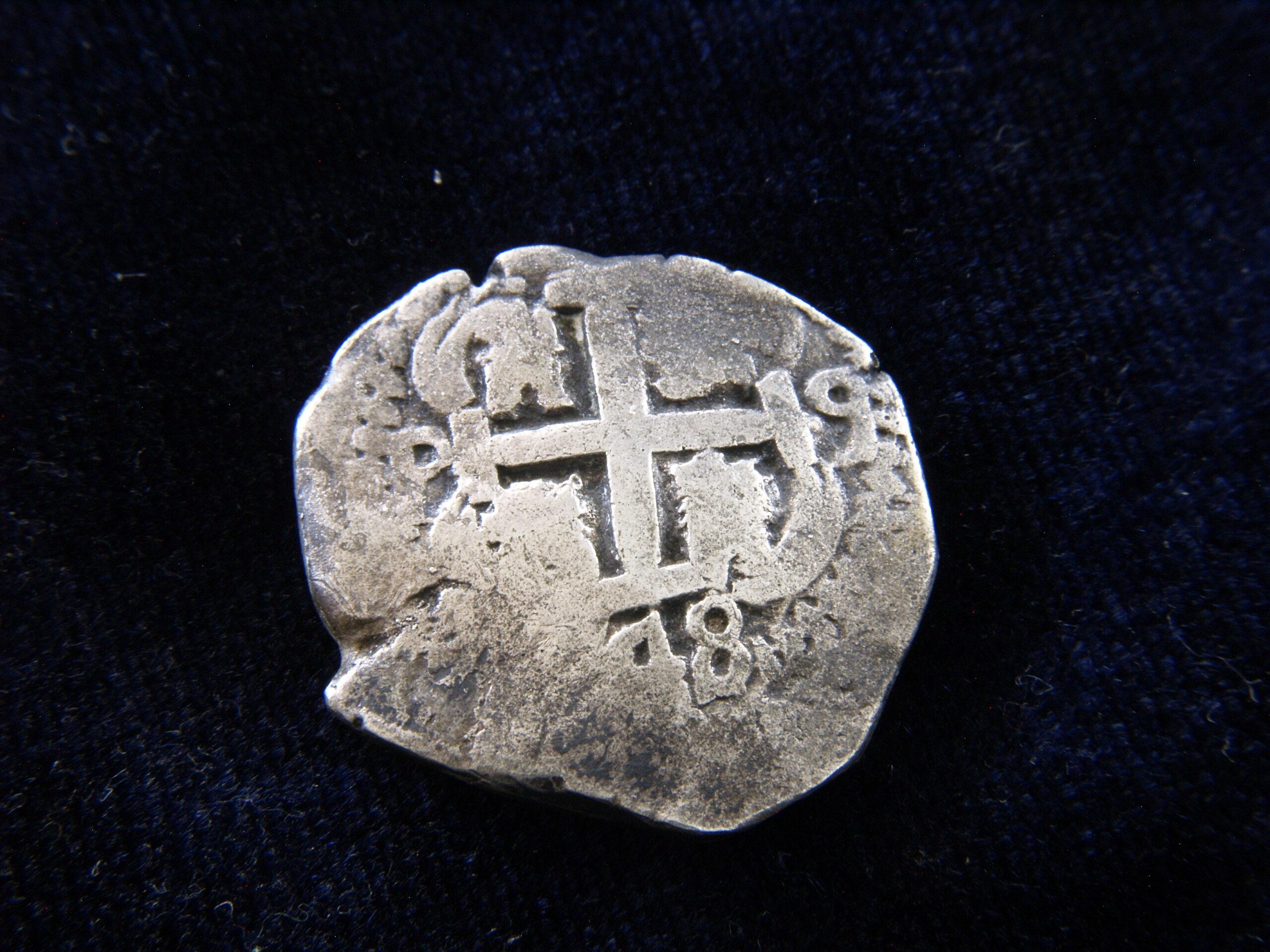 Identificación de ceca - 8 reales macuquinos de 1748 _1019223