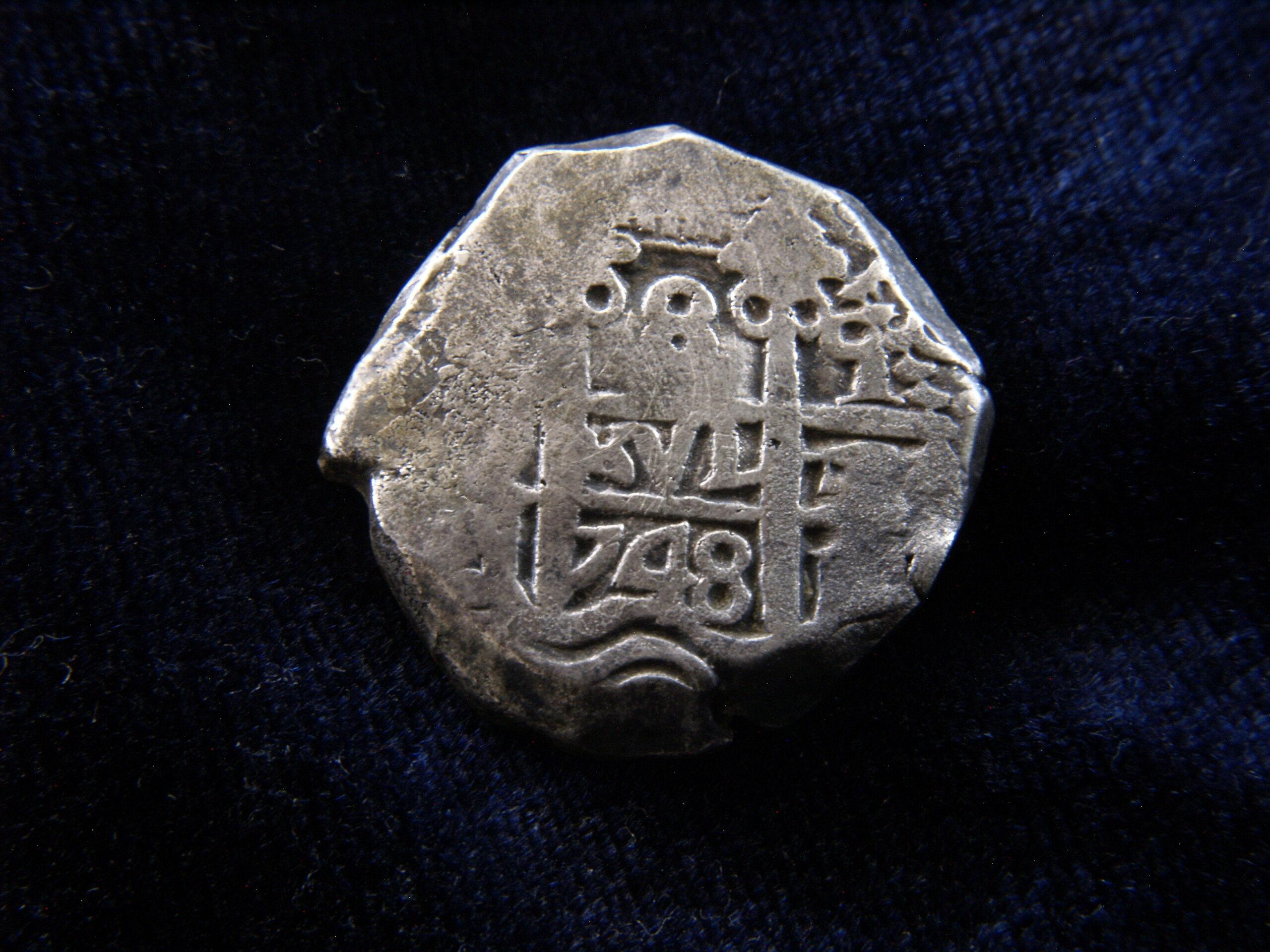 Identificación de ceca - 8 reales macuquinos de 1748 _1019315