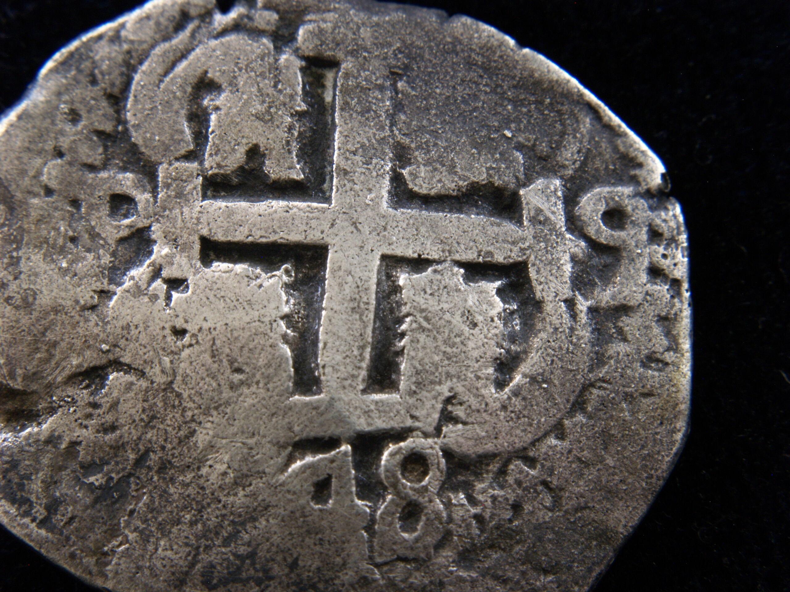 Identificación de ceca - 8 reales macuquinos de 1748 _1019316