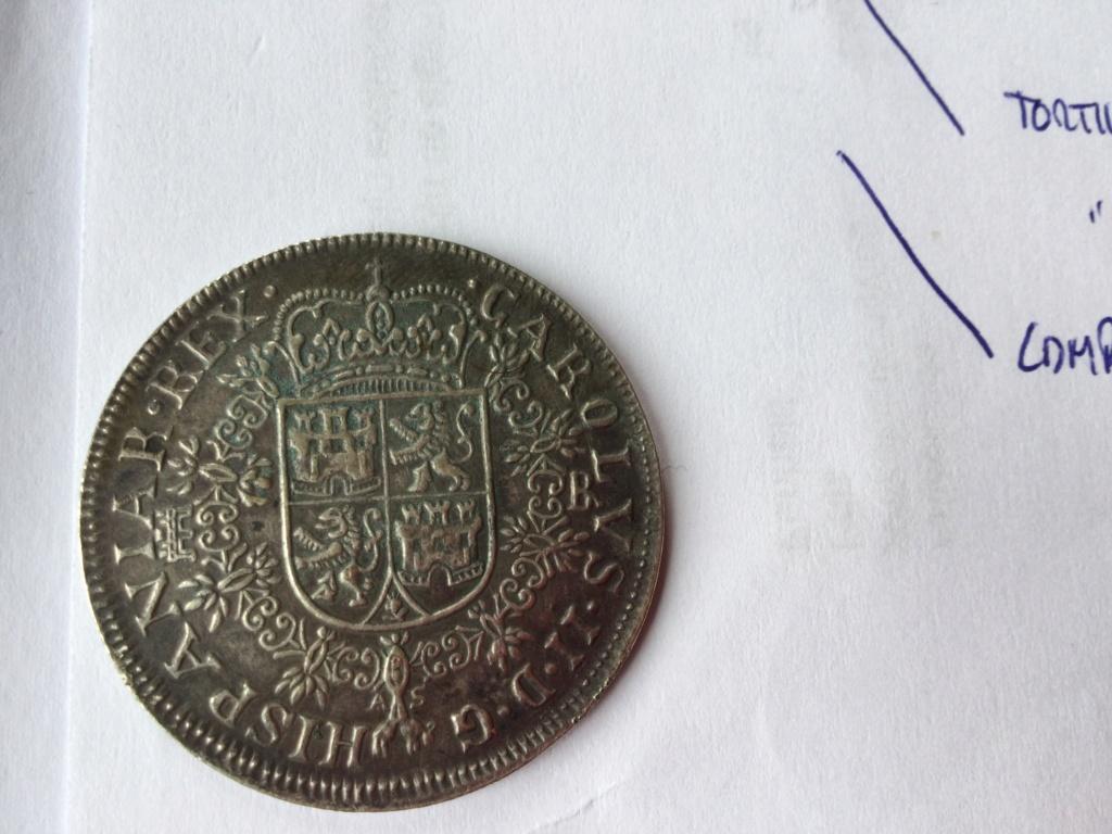 8 Reales Carlos V 1688 Ee457c10