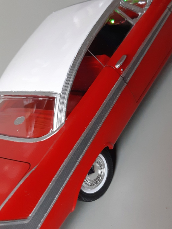 "Plymouth Fury ""Christine"" - AMT 1/25e 20200114"