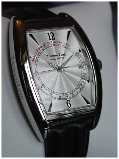 Cherche montre à échelle pulsométrique (J'adore la Patek Philippe 5170) Wt1cot10