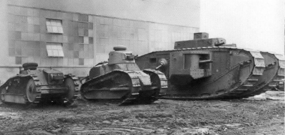 Ford 3 ton tank / Scratch intégral 1/16ème 191910