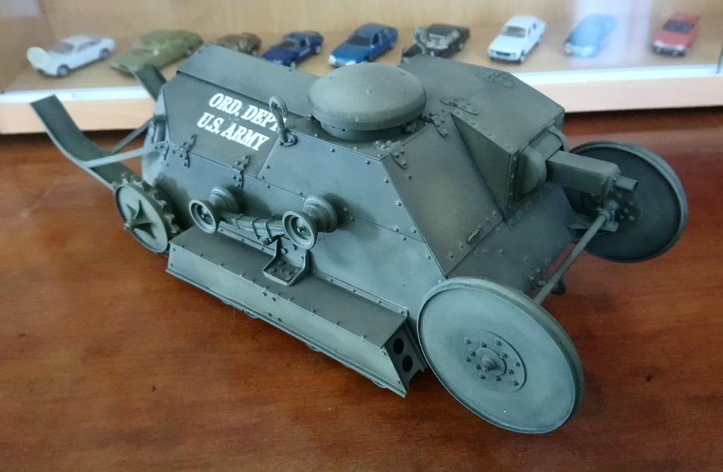 Ford 3 ton tank / Scratch intégral 1/16ème Dsc_0014