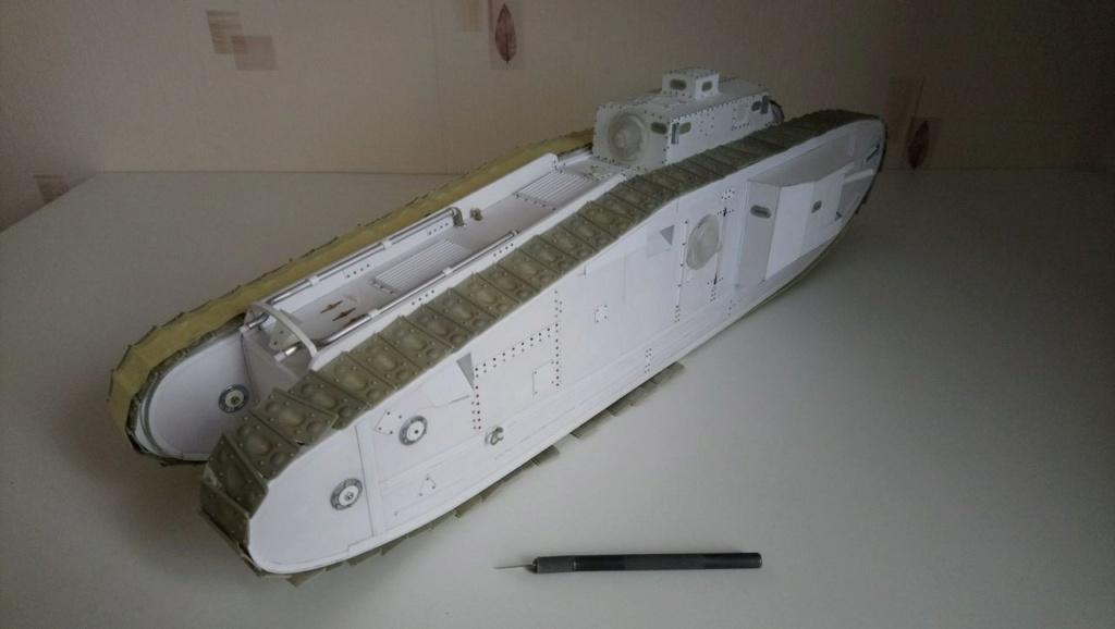 Heavy tank MkVIII, scratch intégral 1/16ème - Page 3 Dsc_0050