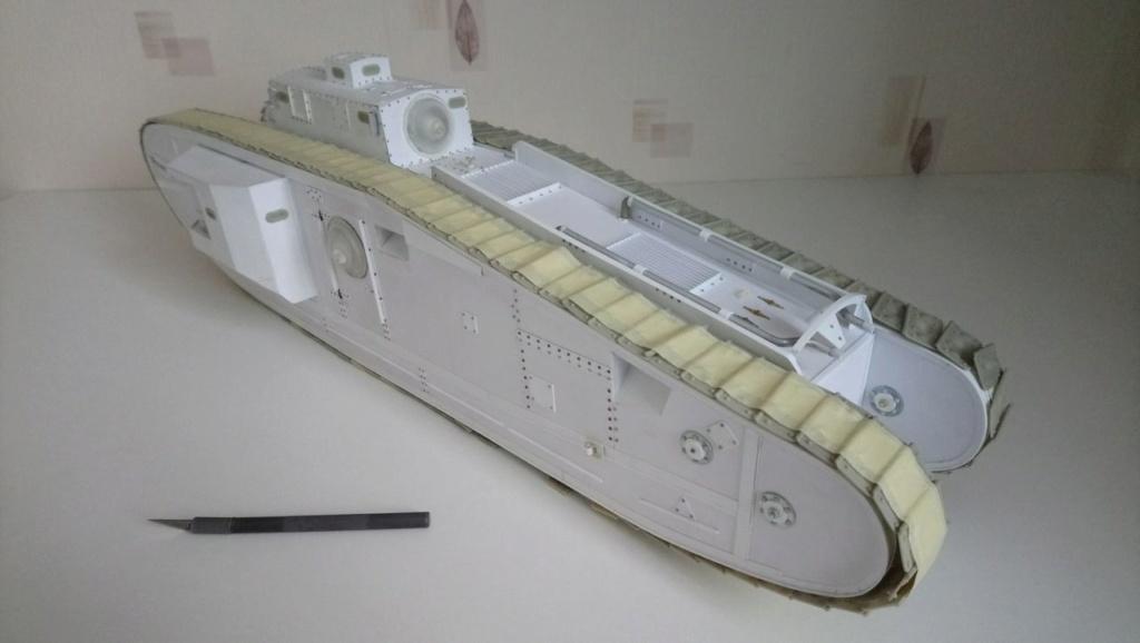 Heavy tank MkVIII, scratch intégral 1/16ème - Page 3 Dsc_0051