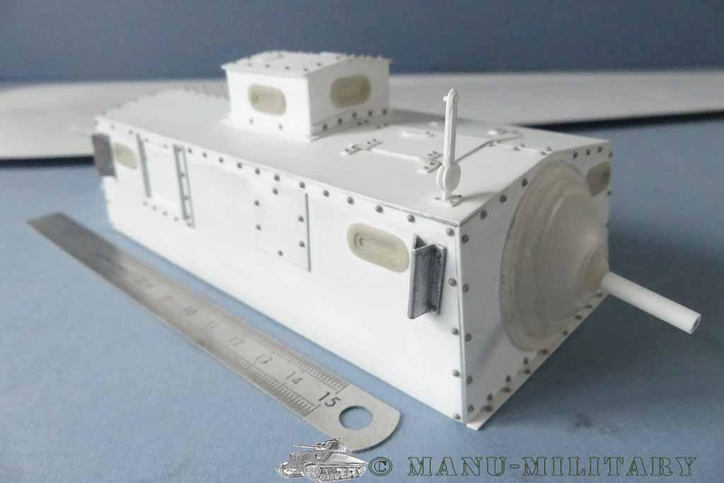 Heavy tank MkVIII, scratch intégral 1/16ème P1150116