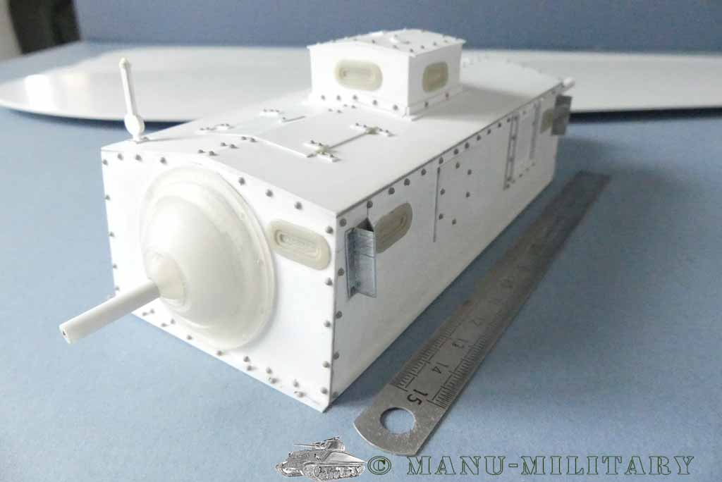 Heavy tank MkVIII, scratch intégral 1/16ème P1150117