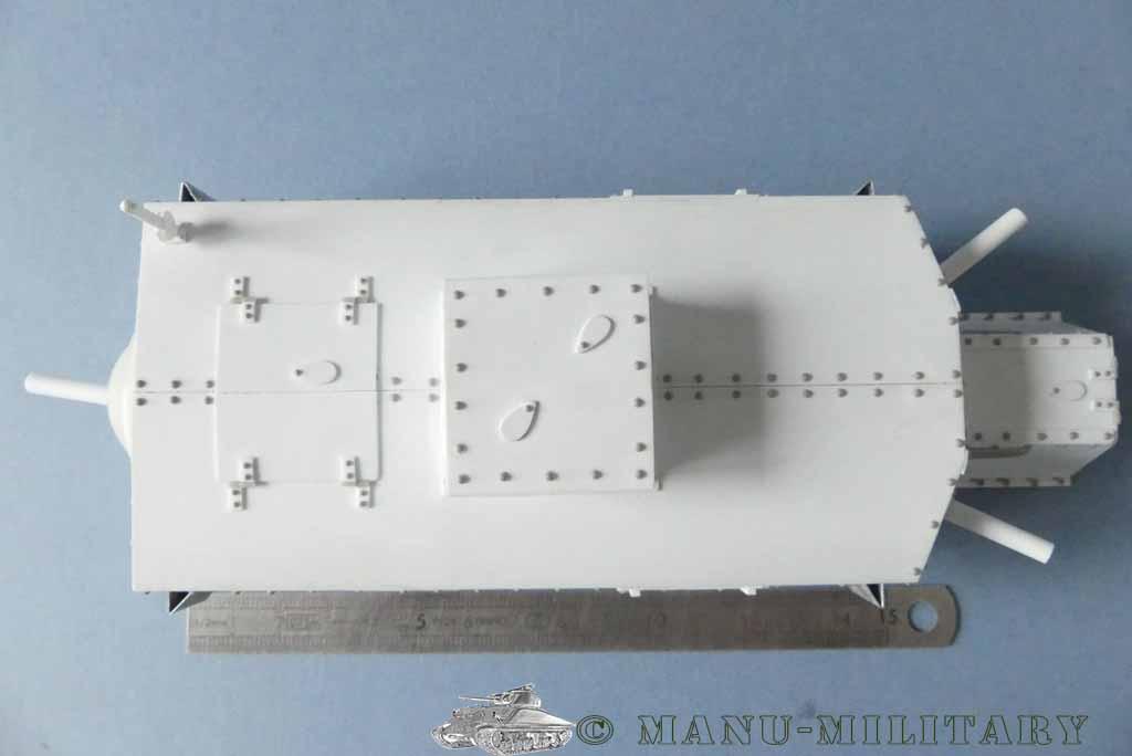 Heavy tank MkVIII, scratch intégral 1/16ème P1150122