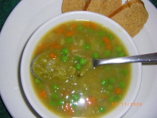 Soupe de pois verts cassés 06210