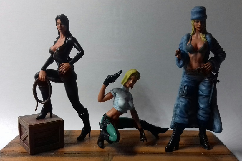 "Figurines 1/24 """" Les Danger girls """" - Finies -  20200614"