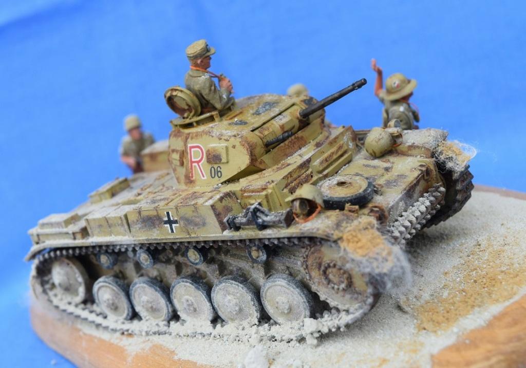 Fil rouge 2021 * Panzer Kampfwagen II Ausf. F/ G au 1/35 - TAMIYA - 1971 - *** Terminé en pg 3 - Page 3 Dfr1010