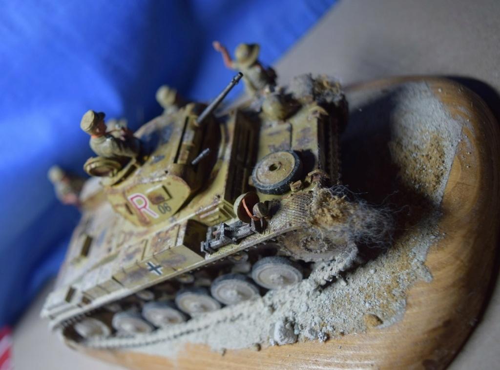 Fil rouge 2021 * Panzer Kampfwagen II Ausf. F/ G au 1/35 - TAMIYA - 1971 - *** Terminé en pg 3 - Page 3 Dfr710