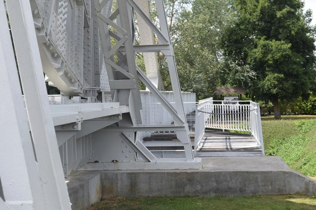 « PEGASUS BRIDGE au 1/72 » ITALERI -   [ FINI ] Dsc_0403