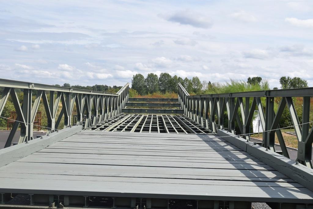 « PEGASUS BRIDGE au 1/72 » ITALERI -   [ FINI ] Dsc_0405