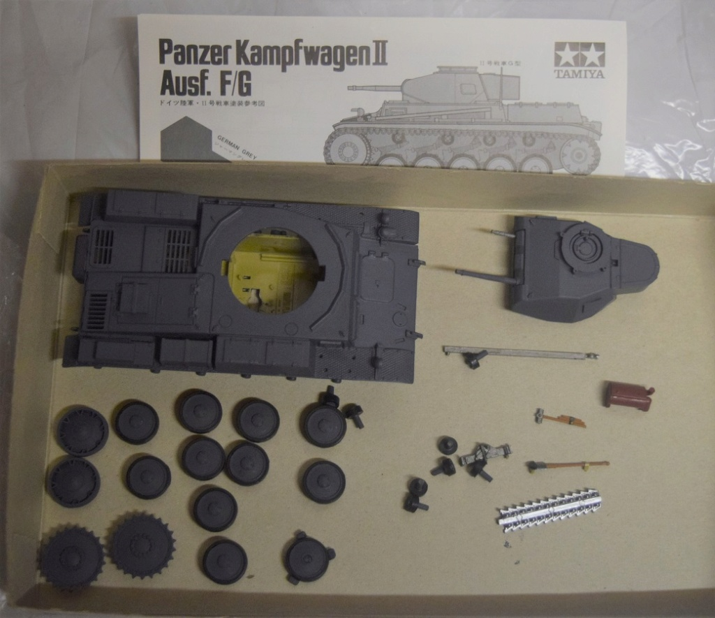 Fil rouge 2021 * Panzer Kampfwagen II Ausf. F/ G au 1/35 - TAMIYA - 1971 - *** Terminé en pg 3 Fr1311