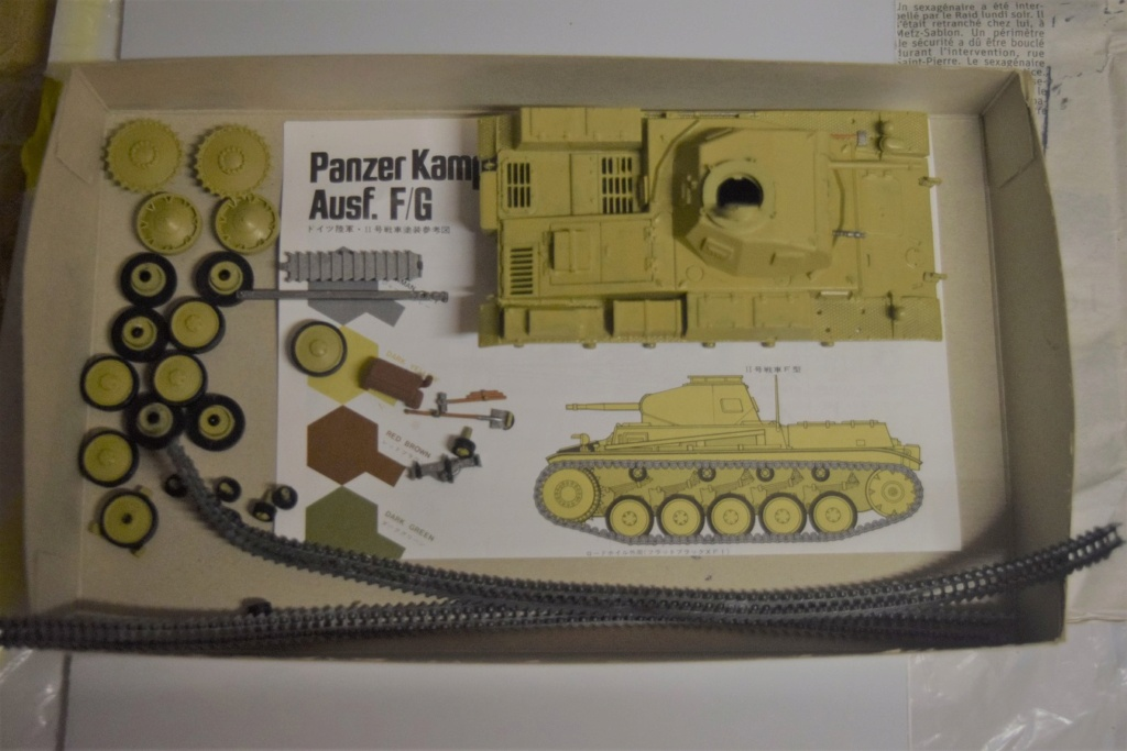 Fil rouge 2021 * Panzer Kampfwagen II Ausf. F/ G au 1/35 - TAMIYA - 1971 - - Page 2 Fr1610
