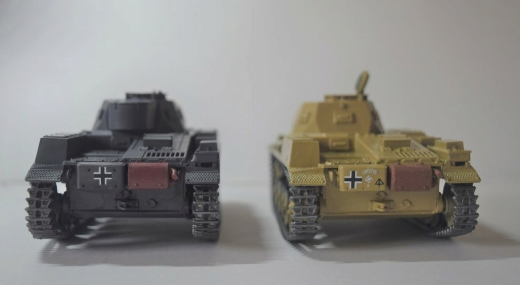 Fil rouge 2021 * Panzer Kampfwagen II Ausf. F/ G au 1/35 - TAMIYA - 1971 - - Page 2 Fr2010