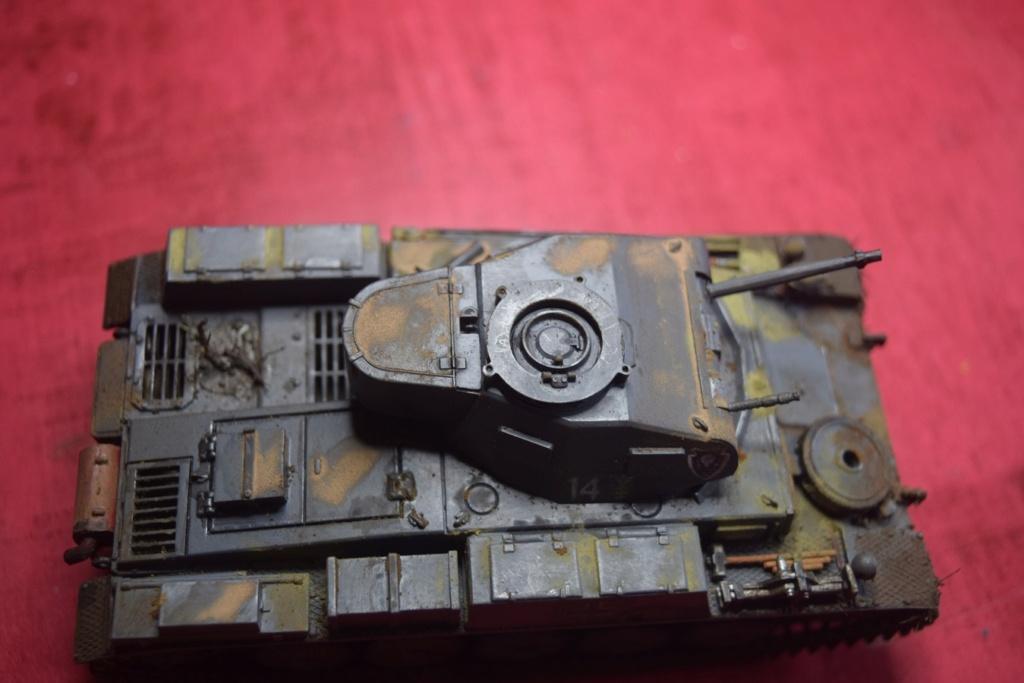 Fil rouge 2021 * Panzer Kampfwagen II Ausf. F/ G au 1/35 - TAMIYA - 1971 - - Page 2 Fr2210