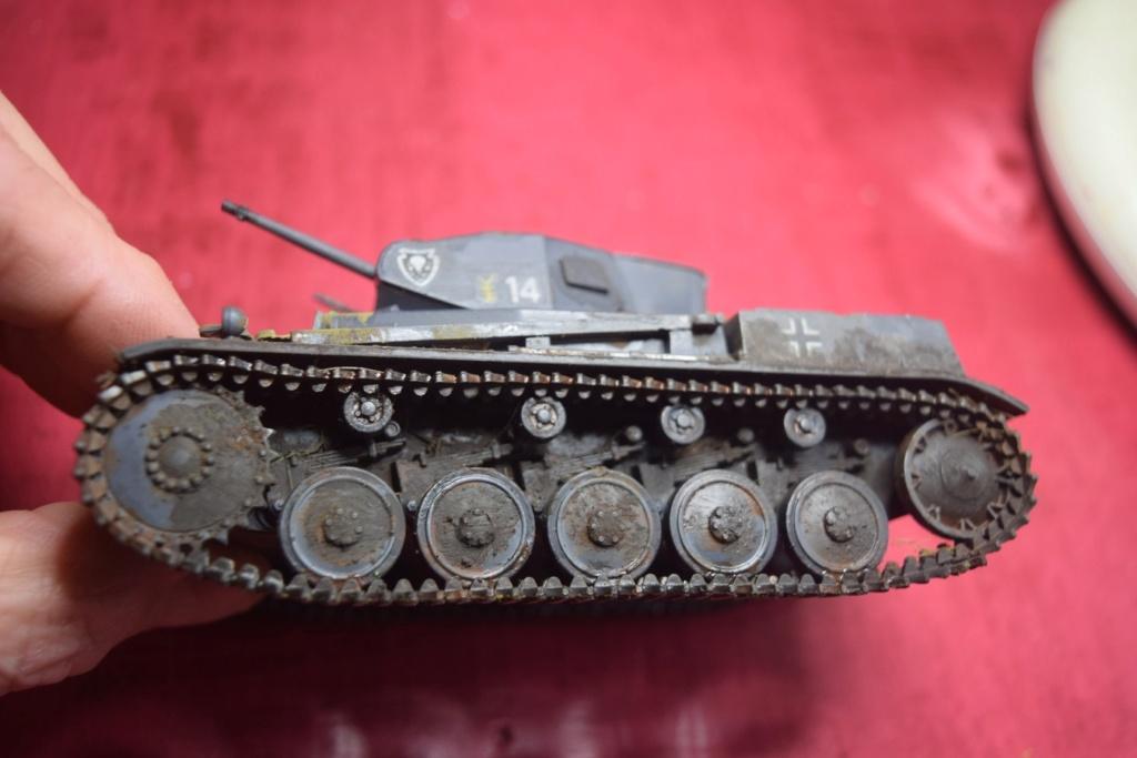Fil rouge 2021 * Panzer Kampfwagen II Ausf. F/ G au 1/35 - TAMIYA - 1971 - - Page 2 Fr2410