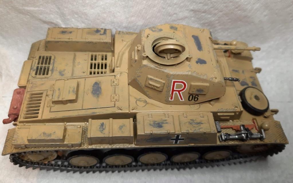 Fil rouge 2021 * Panzer Kampfwagen II Ausf. F/ G au 1/35 - TAMIYA - 1971 - *** Terminé en pg 3 - Page 3 Fr26_111