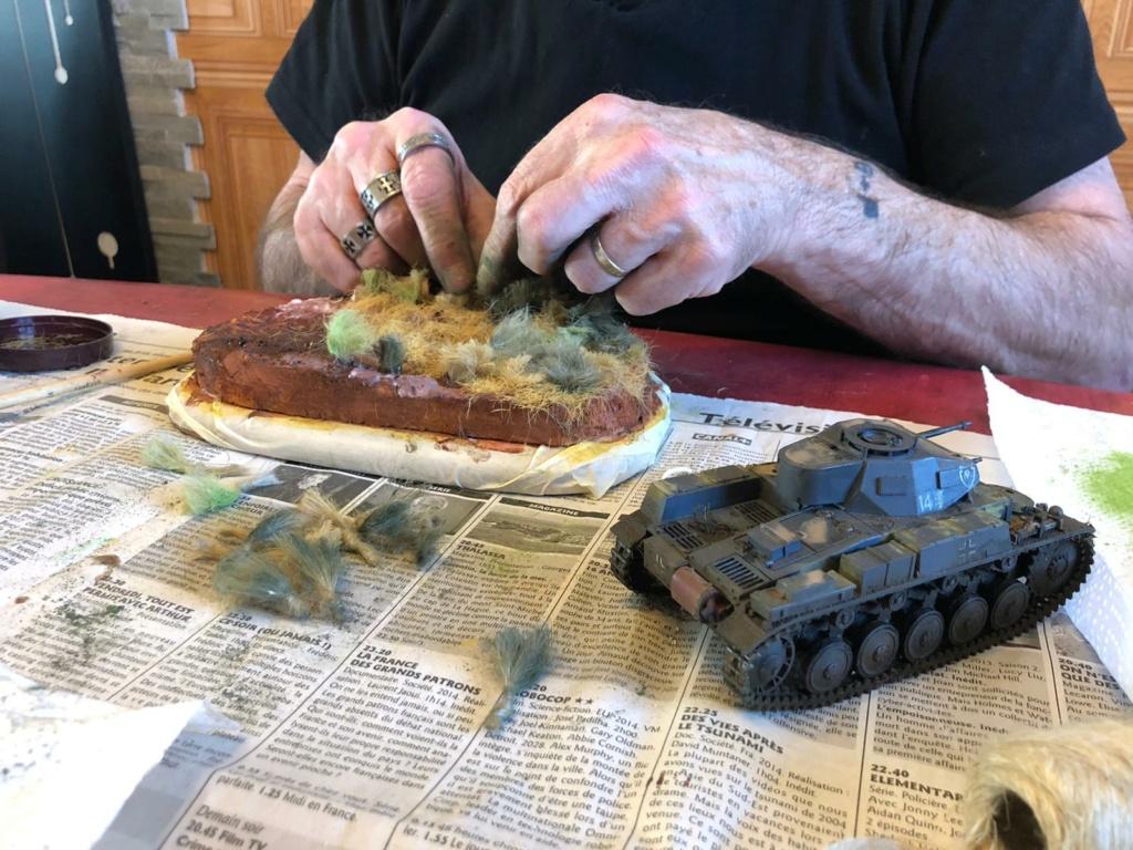 Fil rouge 2021 * Panzer Kampfwagen II Ausf. F/ G au 1/35 - TAMIYA - 1971 - *** Terminé en pg 3 - Page 3 Img-2011