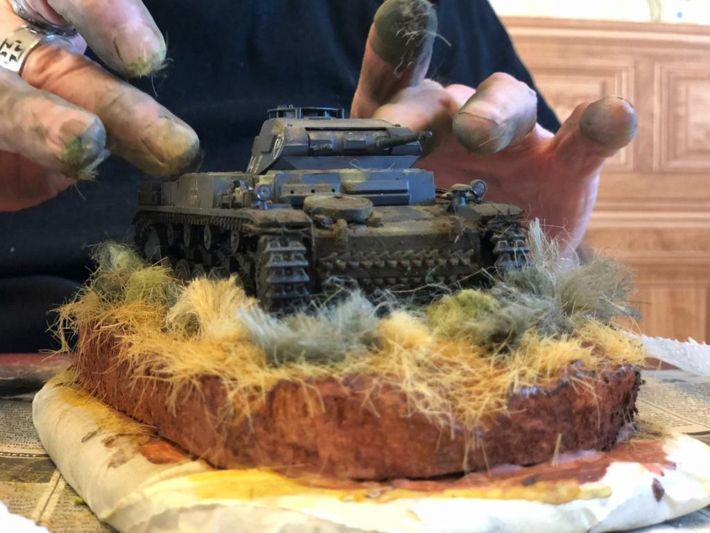 Fil rouge 2021 * Panzer Kampfwagen II Ausf. F/ G au 1/35 - TAMIYA - 1971 - *** Terminé en pg 3 - Page 3 Img-2016