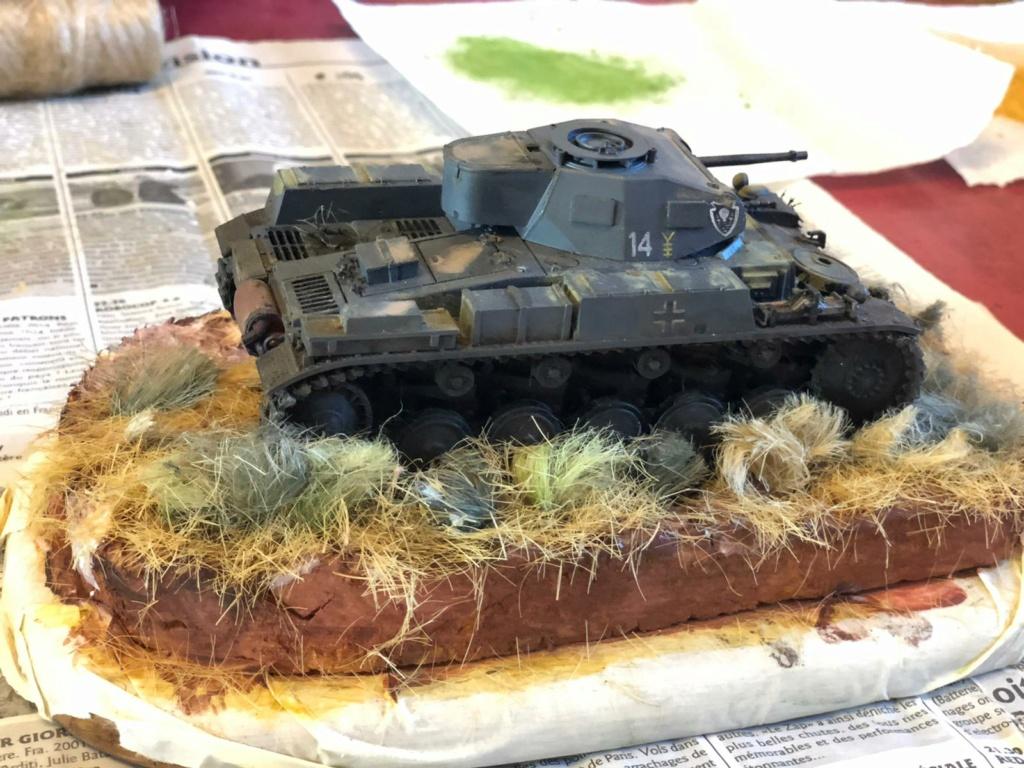 Fil rouge 2021 * Panzer Kampfwagen II Ausf. F/ G au 1/35 - TAMIYA - 1971 - *** Terminé en pg 3 - Page 3 Img-2017