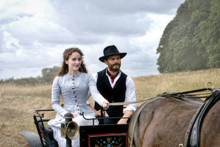 Death and Nightingales (2018) Dn-dsc10