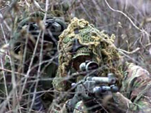Tireurs d'élite ou Snipers Sniper11