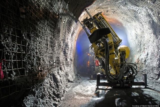 Hallan 10.000 billones de toneladas de diamantes enterrados en la Tierra O-diav11