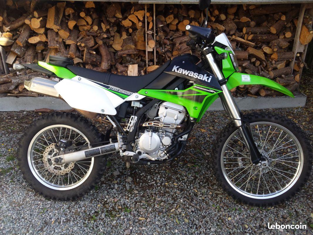 Un choix raisonné : la 250 KLX ! 1110