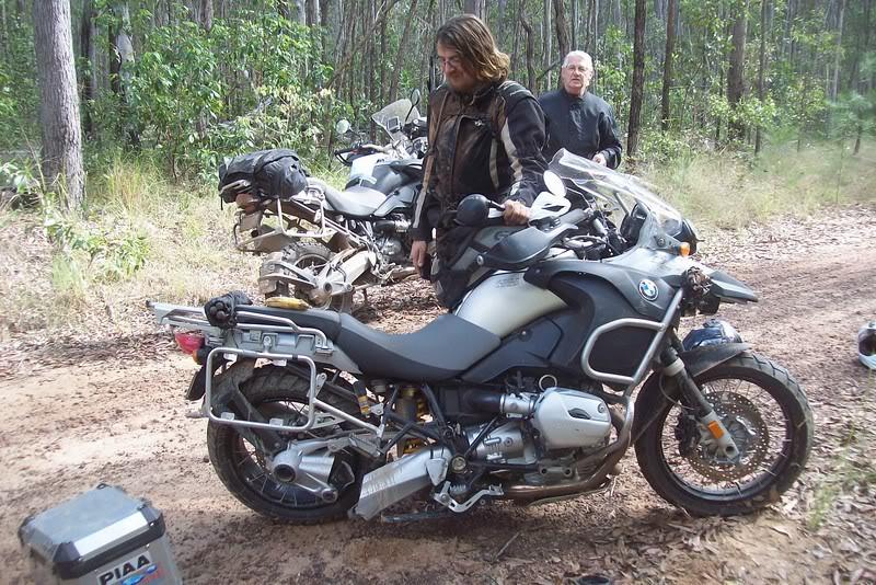 Recherche moto. 93030510