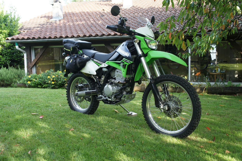 Un choix raisonné : la 250 KLX ! Dsc08915