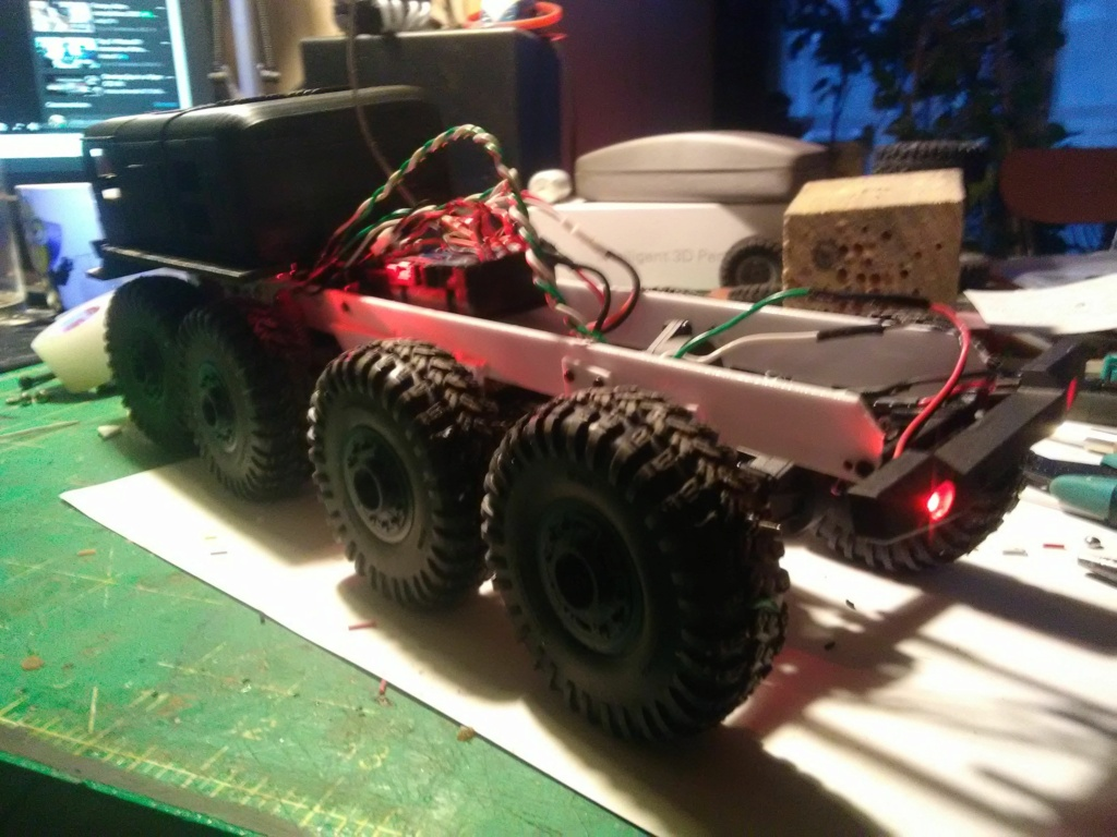 MAZ 535G FTX Outback 1:24 Img_2334
