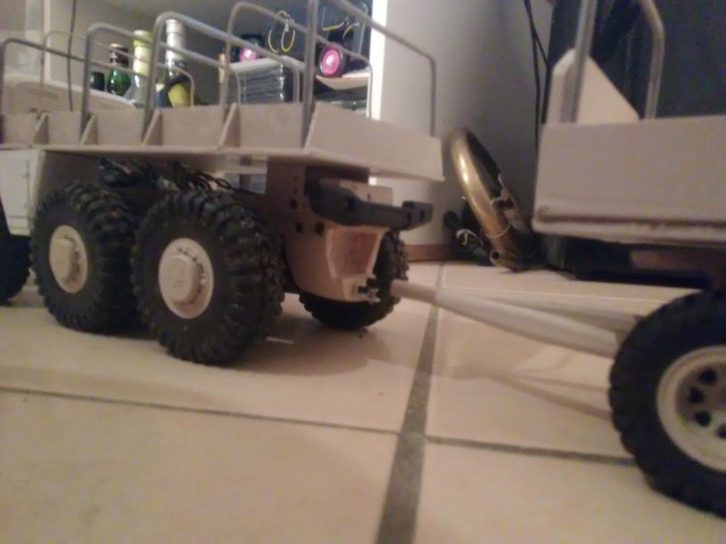 MAZ 535G FTX Outback 1:24 Img_2338