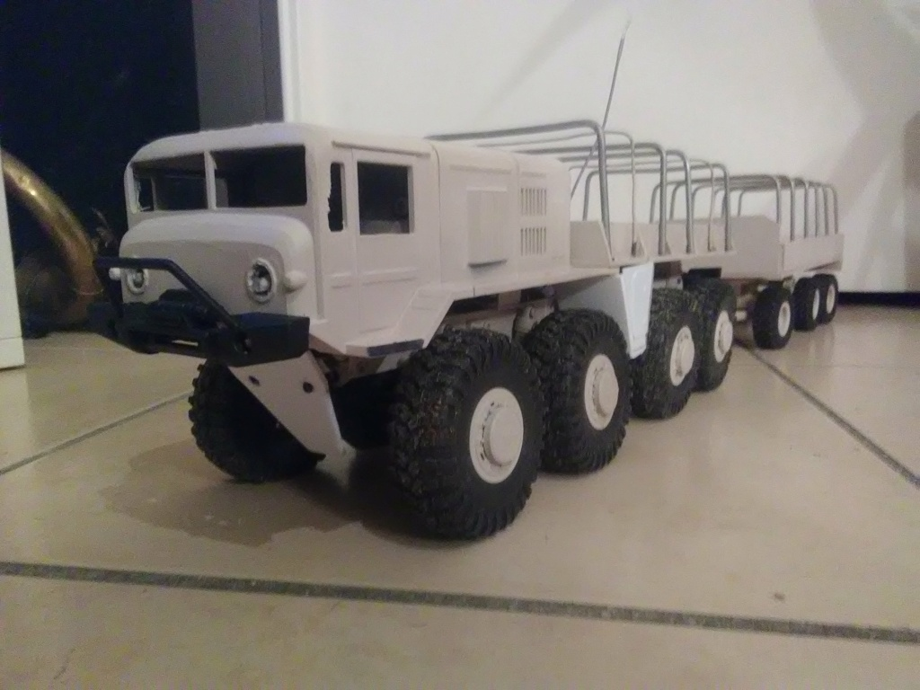 MAZ 535G FTX Outback 1:24 Img_2339
