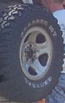 [Orlandoo 1/18] Jeep Grand Cherokee Majorette 1/18 Jante10