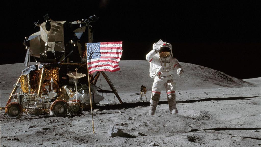 مهمة أبولو 11 الفضائية Apollo10