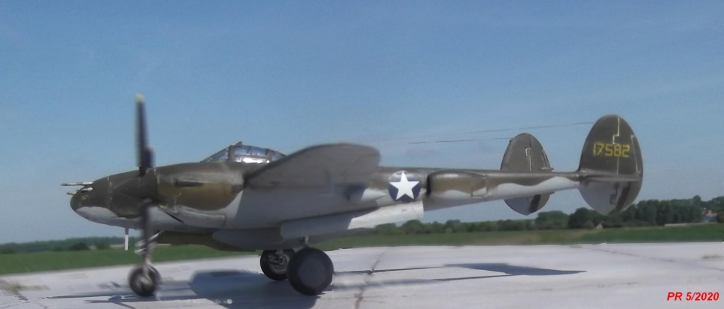 1/72 AIRFIX LIGHTING P38F Gauche10