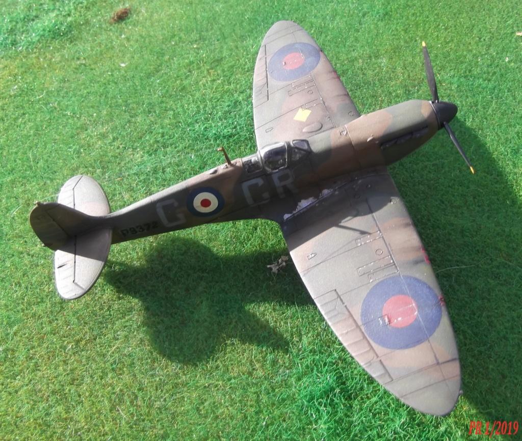 Spitfire mkI Tamiya 1/72 Spttam11
