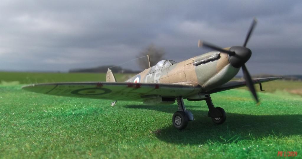 Spitfire mkI Tamiya 1/72 Spttam12