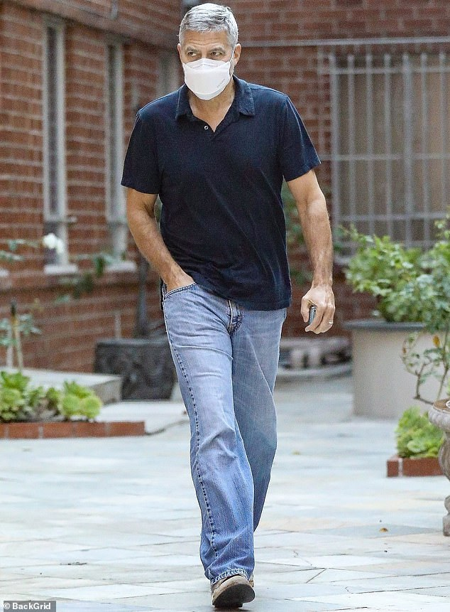 24 Oct 2020: George Clooney spotted in Beverly Hills Cloone17
