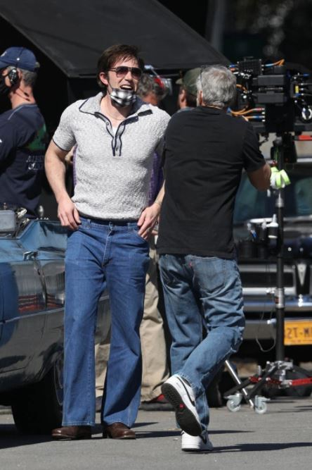 George Clooney and Ben Affleck on set - March 23rd  Filmin10