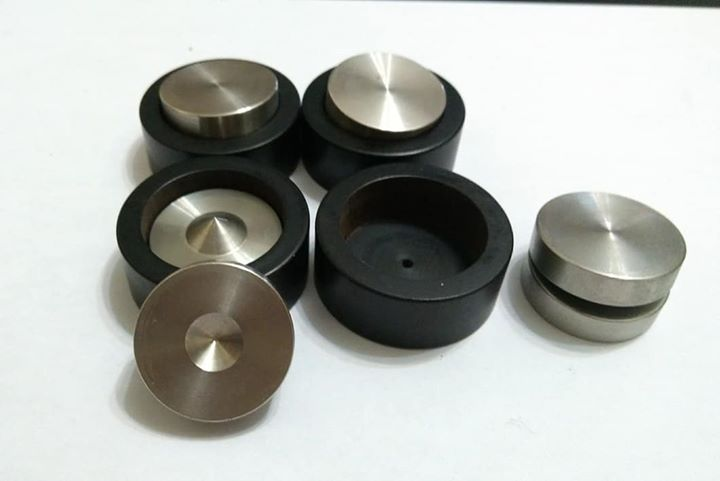 Anti-Vibration metal balancing base set 218