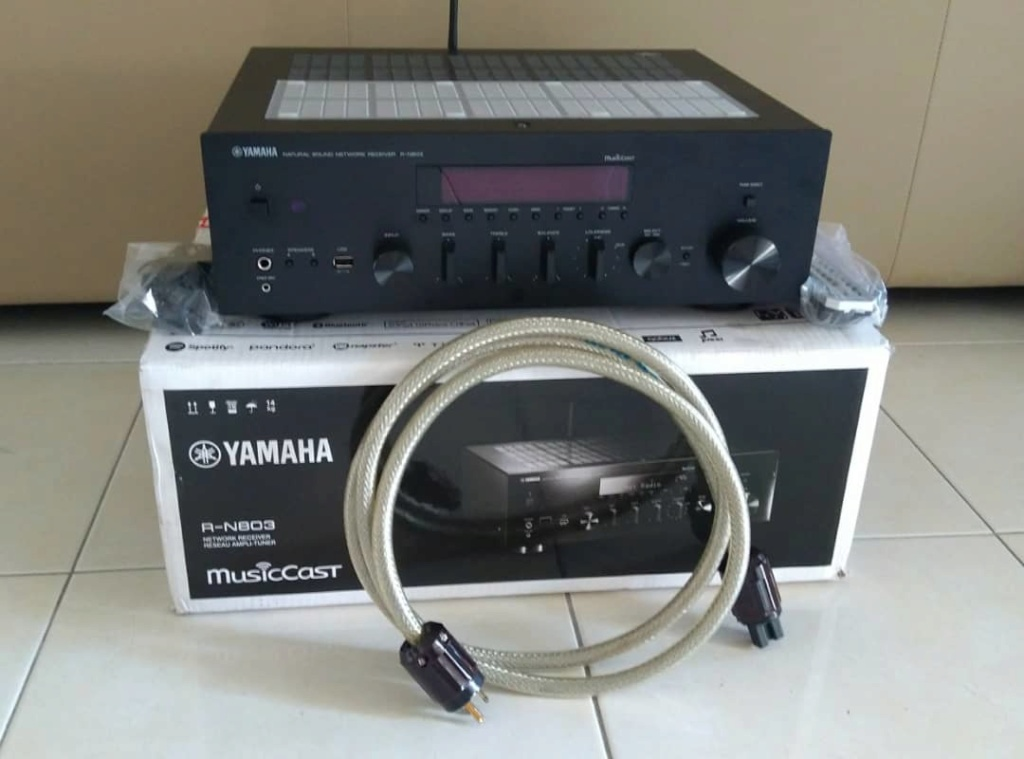 (Sold) - Yamaha R-N803b Network Amplifier Whatsa12