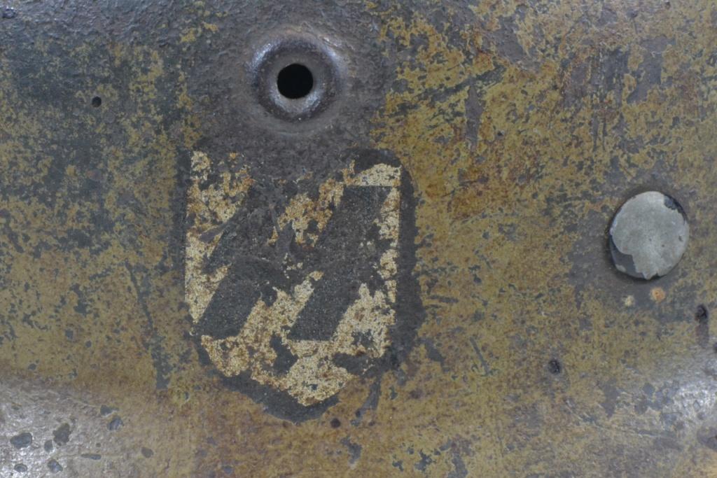 Casque M40 insigne SS avec photos supplémentaires Dsc_0177