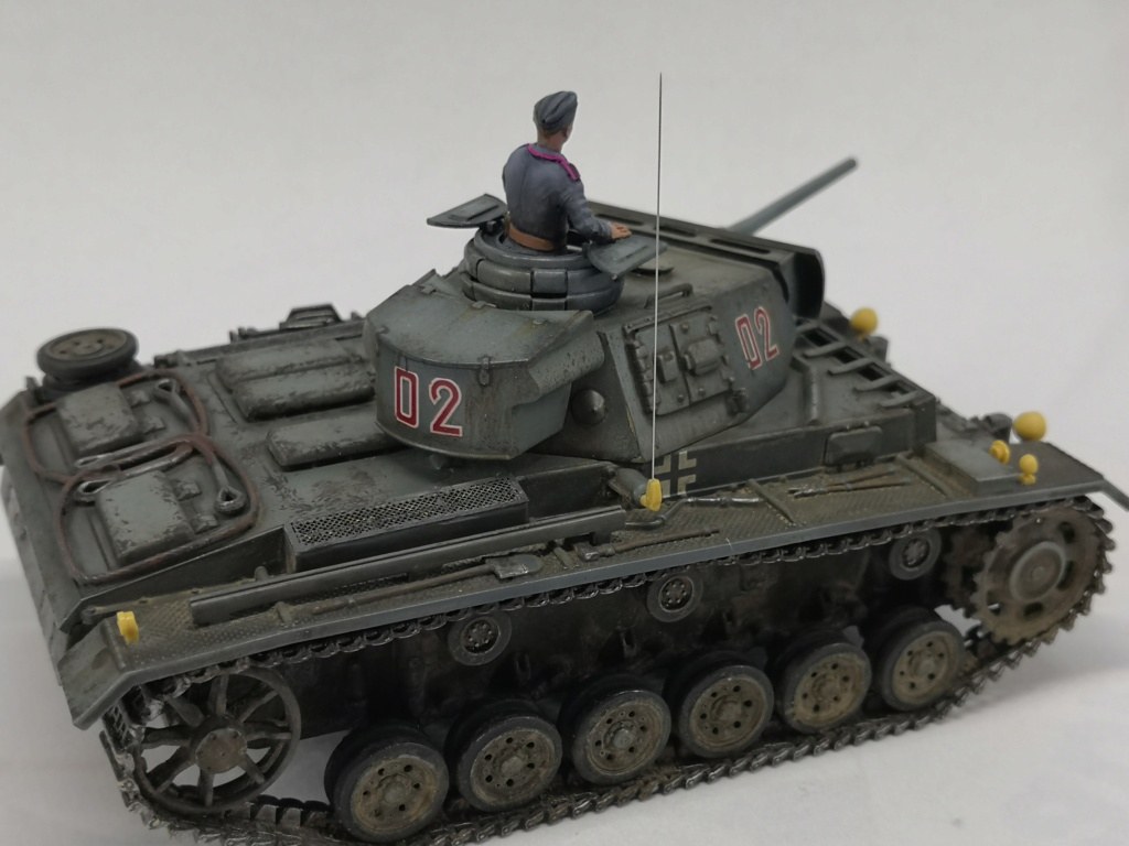 Panzerkampfwagen III Ausf. L Sd.Kfz. 141/1 - [TAMIYA, 1/48] - Page 2 Img_2038